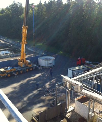 Services-Installation-Management-Industrial-Suppliers-Juffern-AG-Foto_Montagebeginn_Silo.jpg