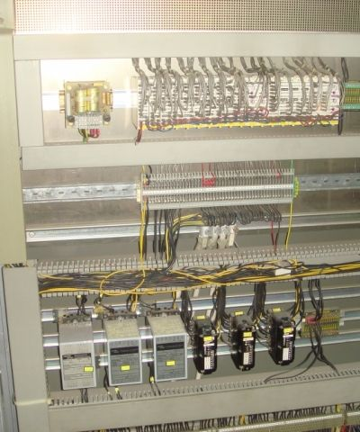 Services-Condition-Analysis-Juffern-AG-Industrial-physical-data-vibration-temperature-pressure_levels-process_data.JPG